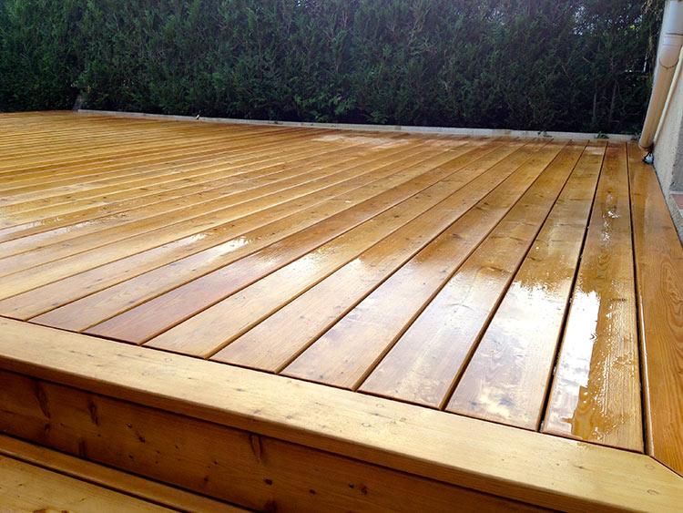 Fixations invisibles de terrasse en bois